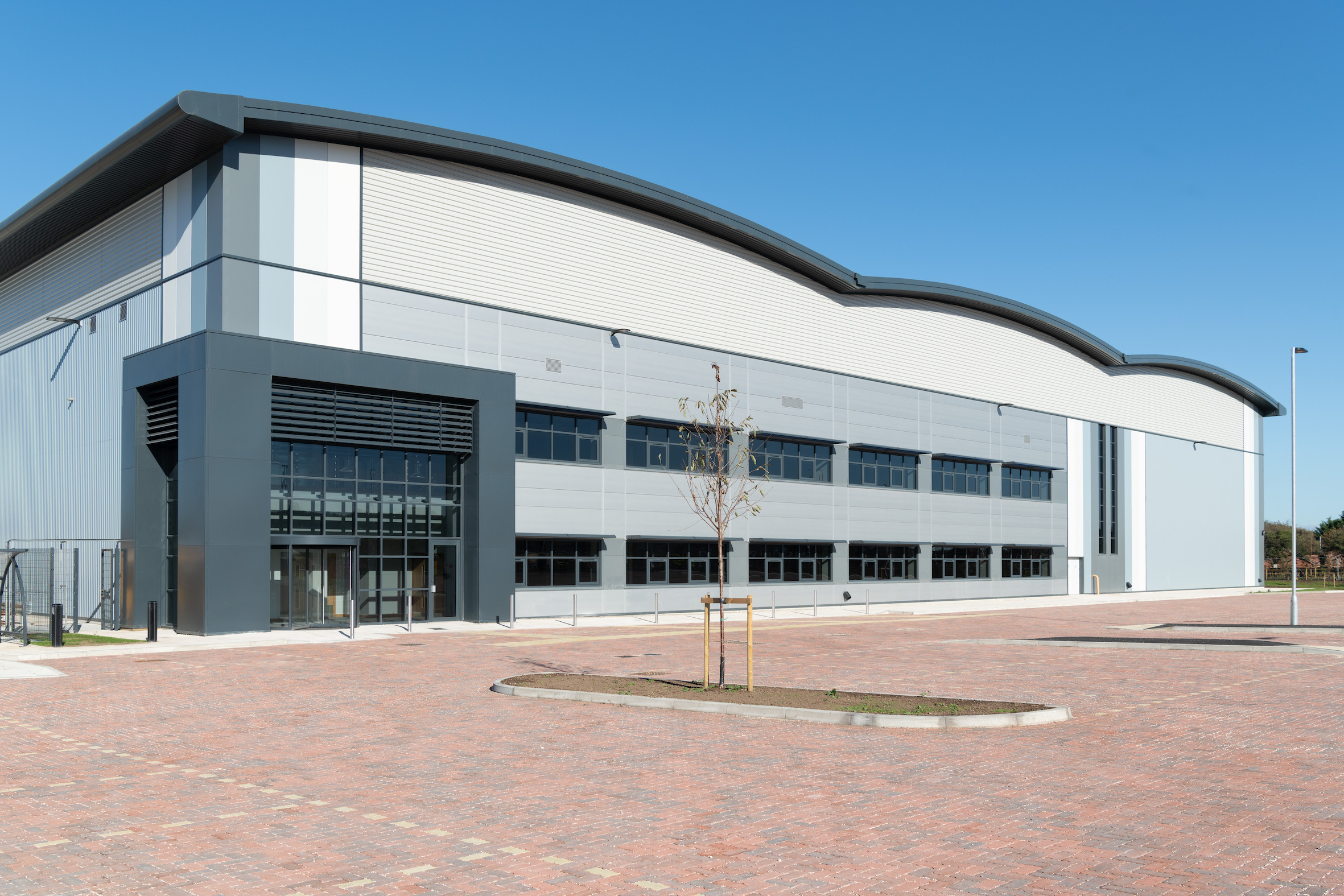 Fast growing pet food brand secures 150,000 sq ft uk  distribution and manufacturing hub  at Symmetry Park